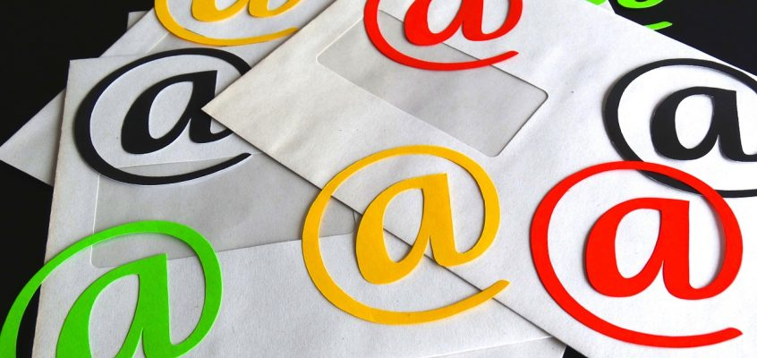 Faire-part papier dans l'ère numérique